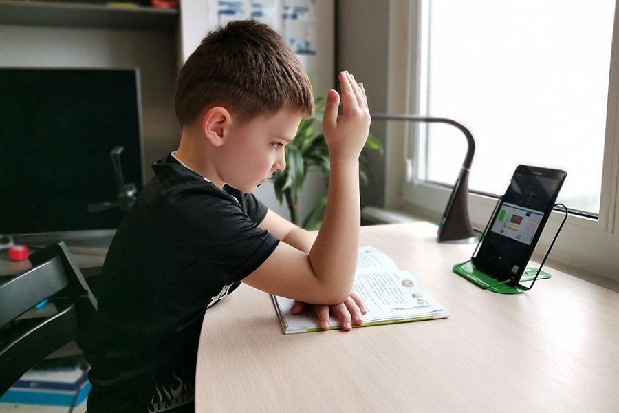 Неожиданные проблемы школьной дистанционки в Свердловской области