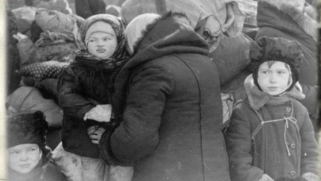 Учитель русского из 9 школы Череповца вместе с учениками ...