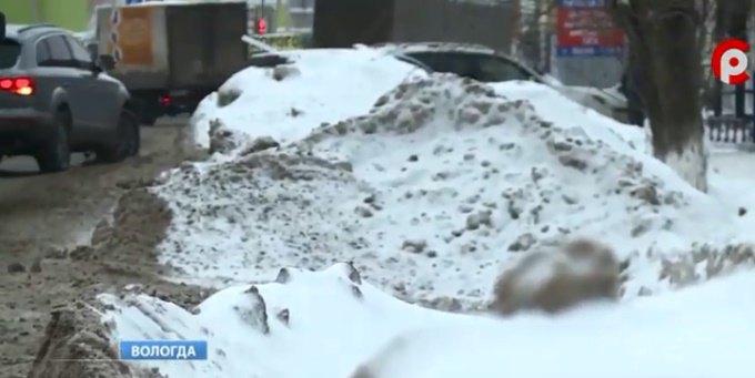 Уборка снега с крыши в сургуте