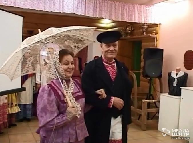 знакомство с женским народным костюмом